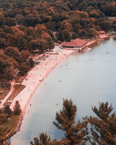 Bird's eye view of devil's lake
