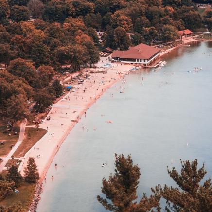 Bird's eye view of devil's lake